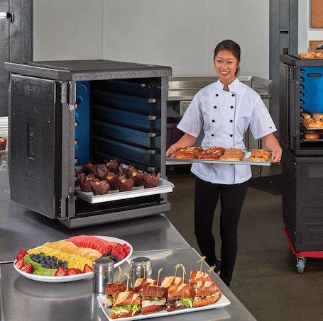 EPP4060F6R110 GoBox Front Loader w Chef & Prepared Food