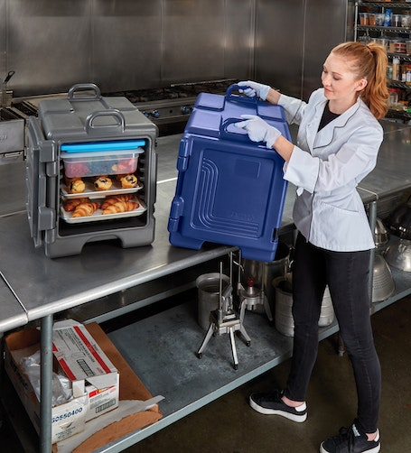 1318CC186 Navy Blue Front Loading Combo Carrier w Pans