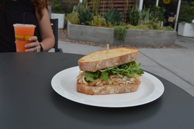 148 w Sandwich